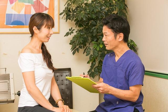 大阪市しおかわ整骨院の妊活鍼灸の問診カウンセリングの画像