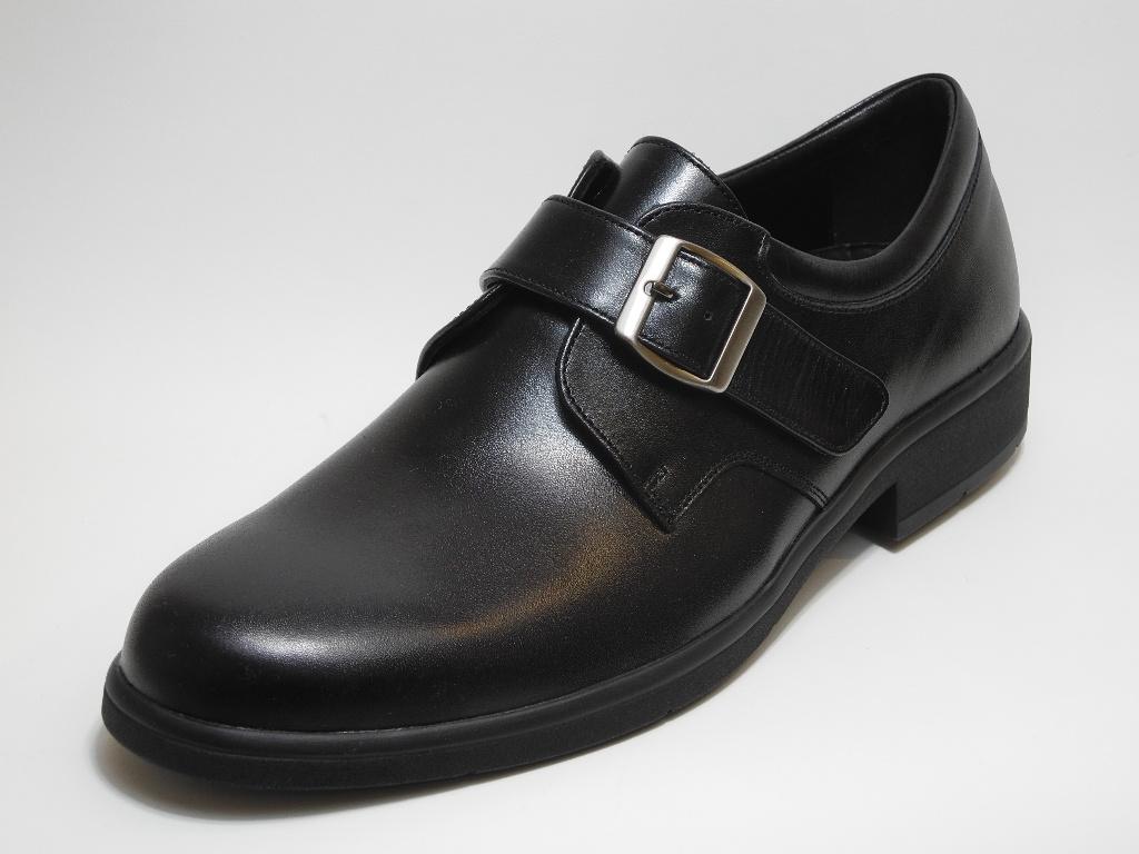 イタリア製の美しい紳士靴