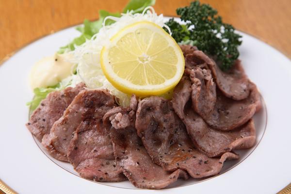 牛タンの塩焼き  ¥980