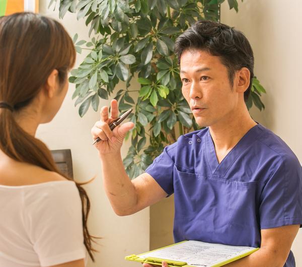 大阪市旭区しおかわ整骨院の問診カウンセリングの画像